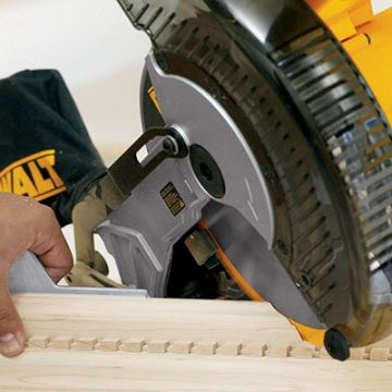 Steps to use Miter Saws