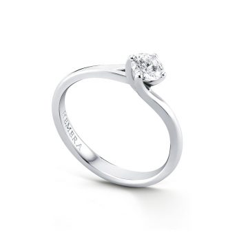 Don't compromise with your engagement ring