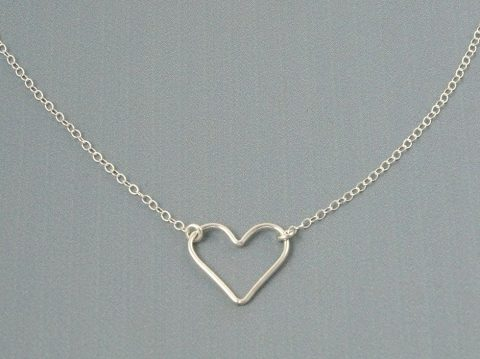 Heart Necklace for Girlfriend – A Perfect Gift for Soulmate